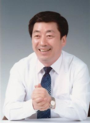 최용덕의원 사진
